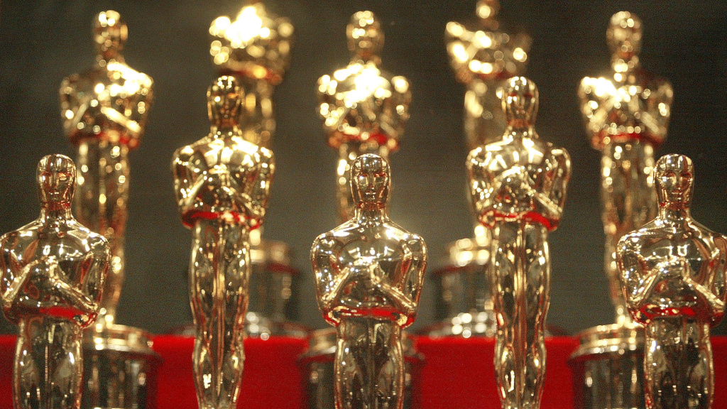Oscar statuettes were put on display in Chicago ahead of 76th Academy Awards in 2004.