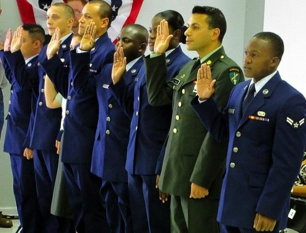 A military naturalization ceremony, July 2010. Photo by NOWCastSA/Flickr (Creative Commons)