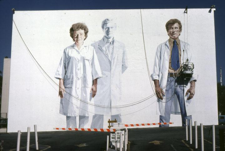 Muralist Kent Twitchell working on