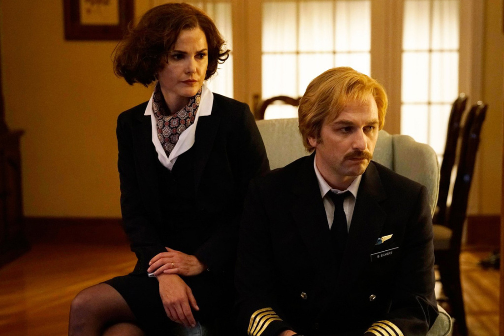 Keri Russell and Matthew Rhys play soviet spies in 'The Americans.'