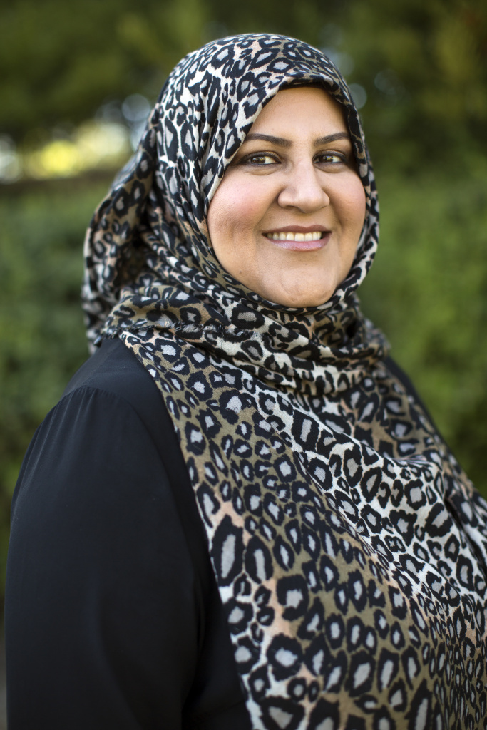 Hosai Mojaddidi is the co-founder of Mental Health 4 Muslims, a mental-health blog. She posted advice for Muslim women who were afraid of being targeted following the recent San Bernardino mass shooting, including alternatives for covering their hair if they didn't want to wear hijab.