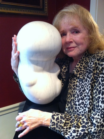 Piper Laurie at home with one of her sculptures.