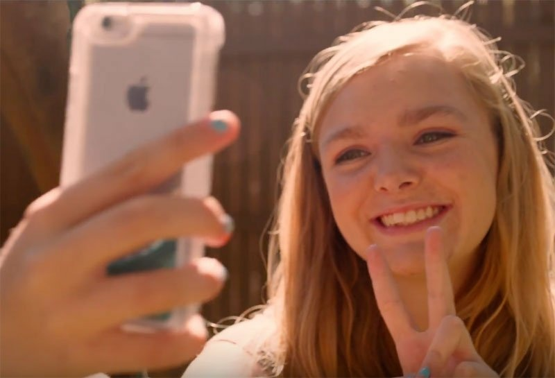 Elsie Fisher plays a young teen who uses YouTube to cope with life in junior high school in Bo Burnham's