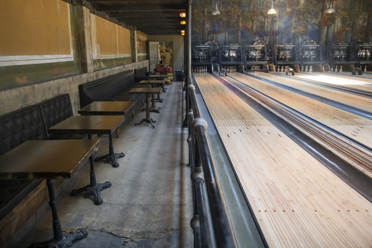 The eight bowling lanes at the newly renovated Highland Park Bowl all have vintage pin setters. The Highland Park bowling alley, bar and live music venue is set to open this week.