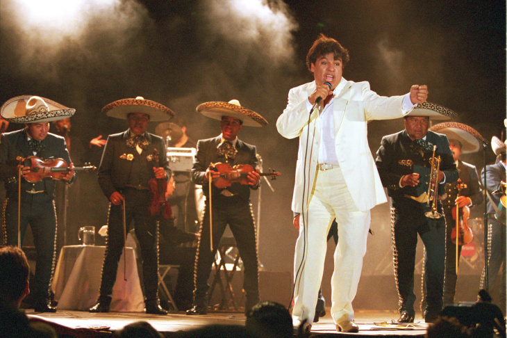 LAS VEGAS - NOVEMBER 05:  Singer Juan Gabriel performs onstage during the 10th annual Latin GRAMMY Awards held at Mandalay Bay Events Center on November 5, 2009 in Las Vegas, Nevada.  (Photo by Ethan Miller/Getty Images)