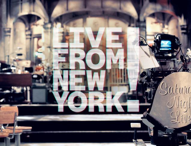 Guest Shelley Duvall, original SNL cast members Gilda Radner, Jane Curtin, Laraine Newman, and SNL producer Lorne Michaels.