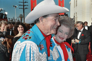 Roy Rogers and Dale Evans at the Academy Awards in 1989.
