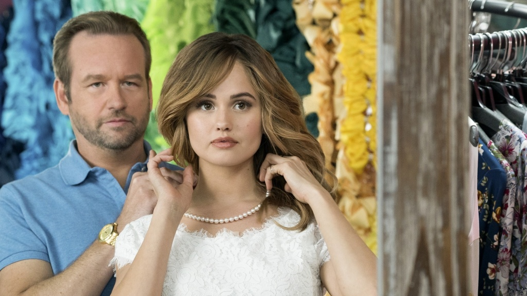 Dallas Roberts and Debby Ryan in <em>Insatiable</em>.