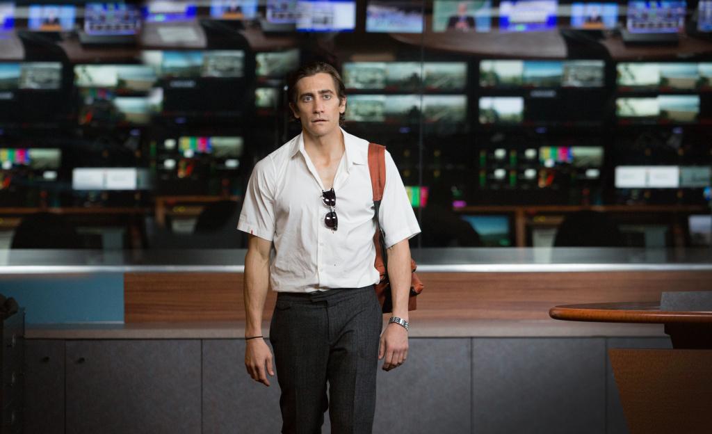 Jake Gyllenhaal as Lou Bloom in