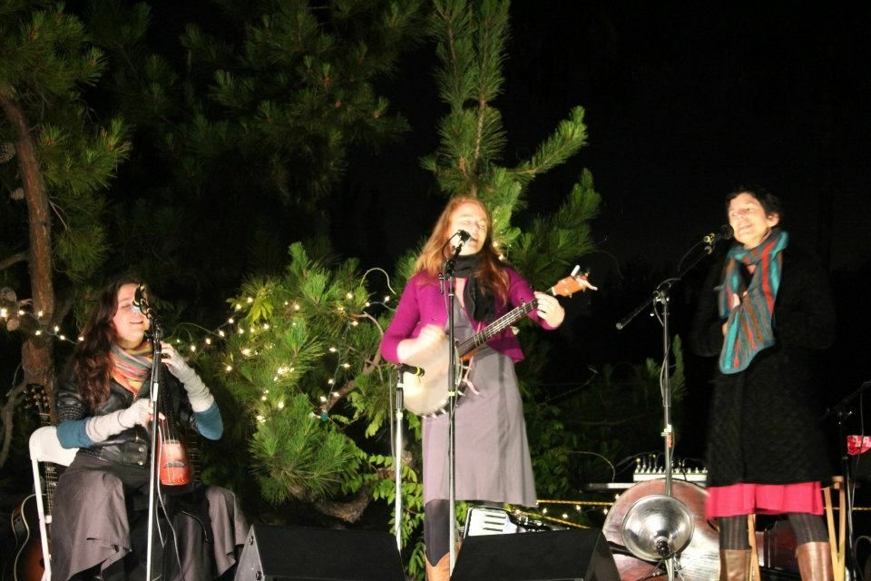 Moira Smiley and VOCO (April Guthrie and Sally Dworsky) performing in Los Angeles March 24, 2012