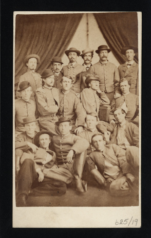13-Timothy H. O'Sullivan, Gettysburg