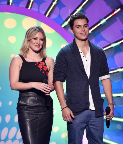 LOS ANGELES, CA - AUGUST 10:  (L-R) Actors Shailene Woodley, Nat Wolff, and Ansel Elgort onstage during FOX's 2014 Teen Choice Awards at The Shrine Auditorium on August 10, 2014 in Los Angeles, California.  (Photo by Kevin Winter/Getty Images)