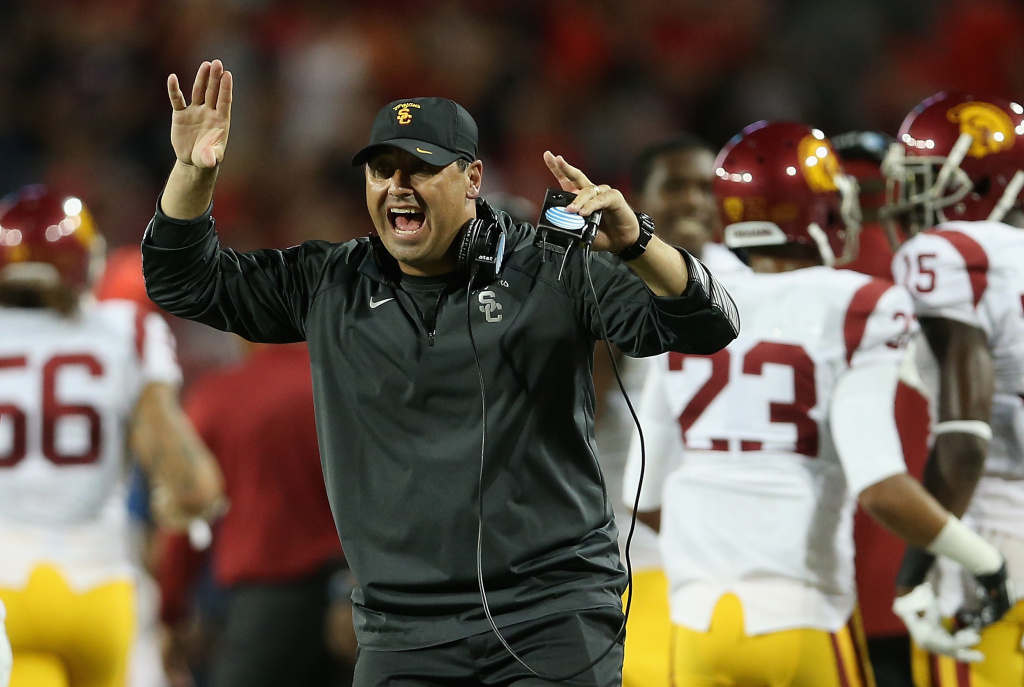 Usc Coach Steve Sarkisian Fired For Failing To Meet School Standards Athletic Director Says 89 3 Kpcc