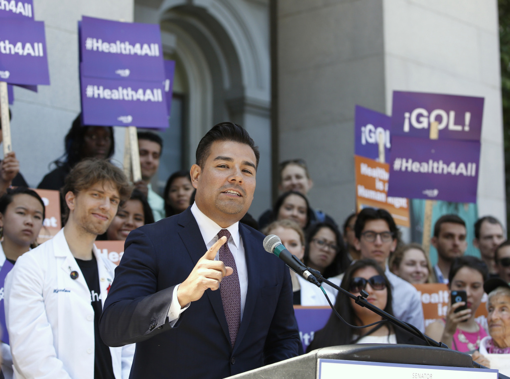 Nurses back health care for all in California