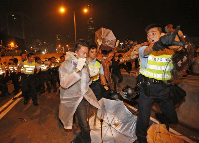Police and protesters Hong Kong