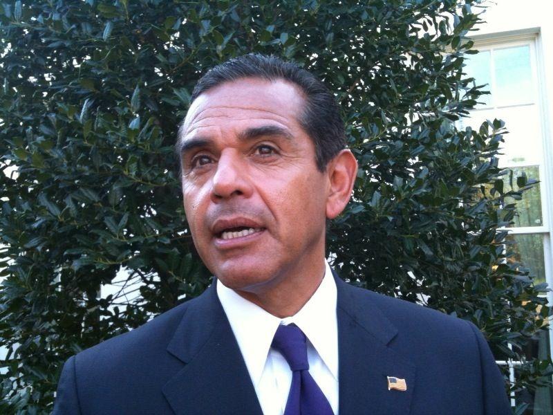 Los Angeles Mayor Antonio Villaraigosa outside the White House, Oct. 11, 2010.