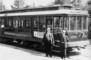 Downtown business and political leaders push to bring back L.A.'s streetcar.