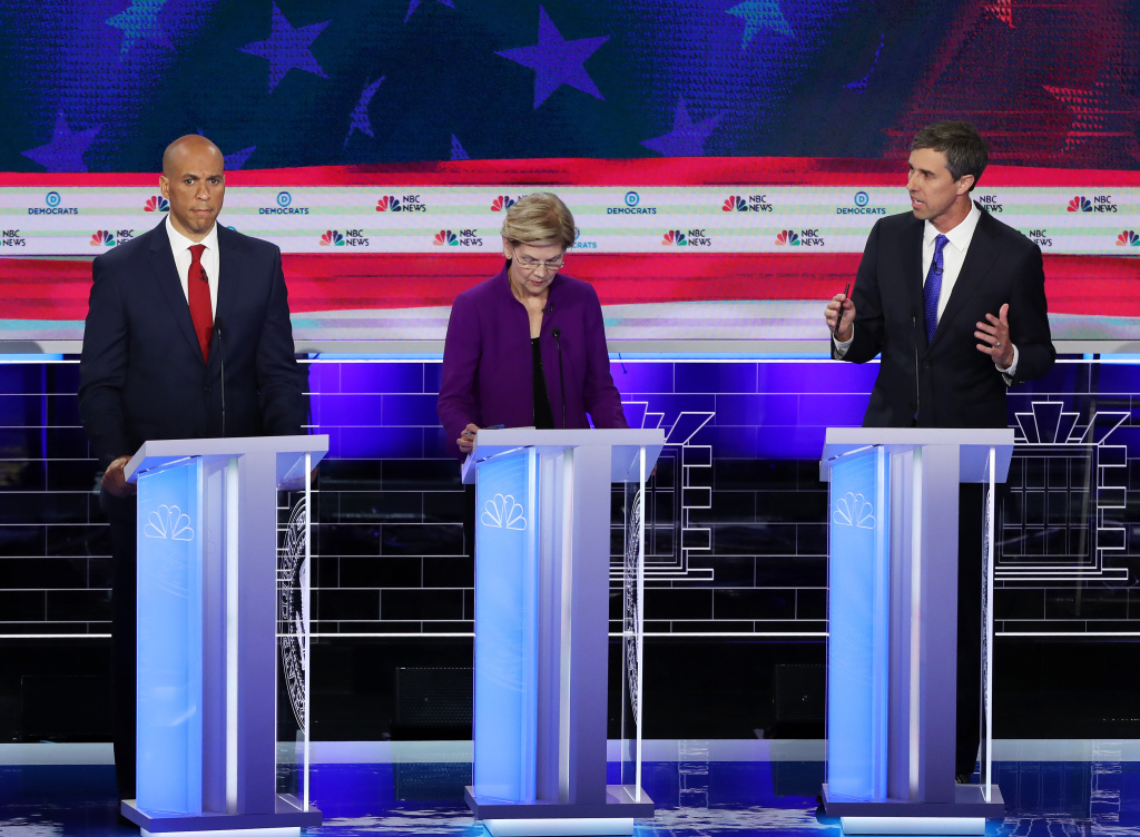 Democratic Presidential Candidates, Including Beto O'Rourke and Cory Booker, Speak Spanish During The Debate