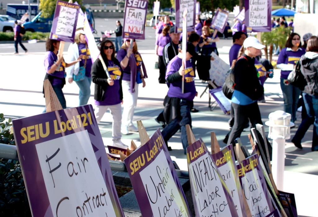 An alliance between the California Nurses Association and National Union of Healthcare Workers could ignite a rivalry between the groups and the larger Service Employees International Union.