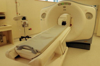 A high-speed Cat Scan at the newly-opened Berenson Emergency Department at Beth Israel Deaconess Medical Center sits empty July 16, 2001 in Boston, Massachusetts.