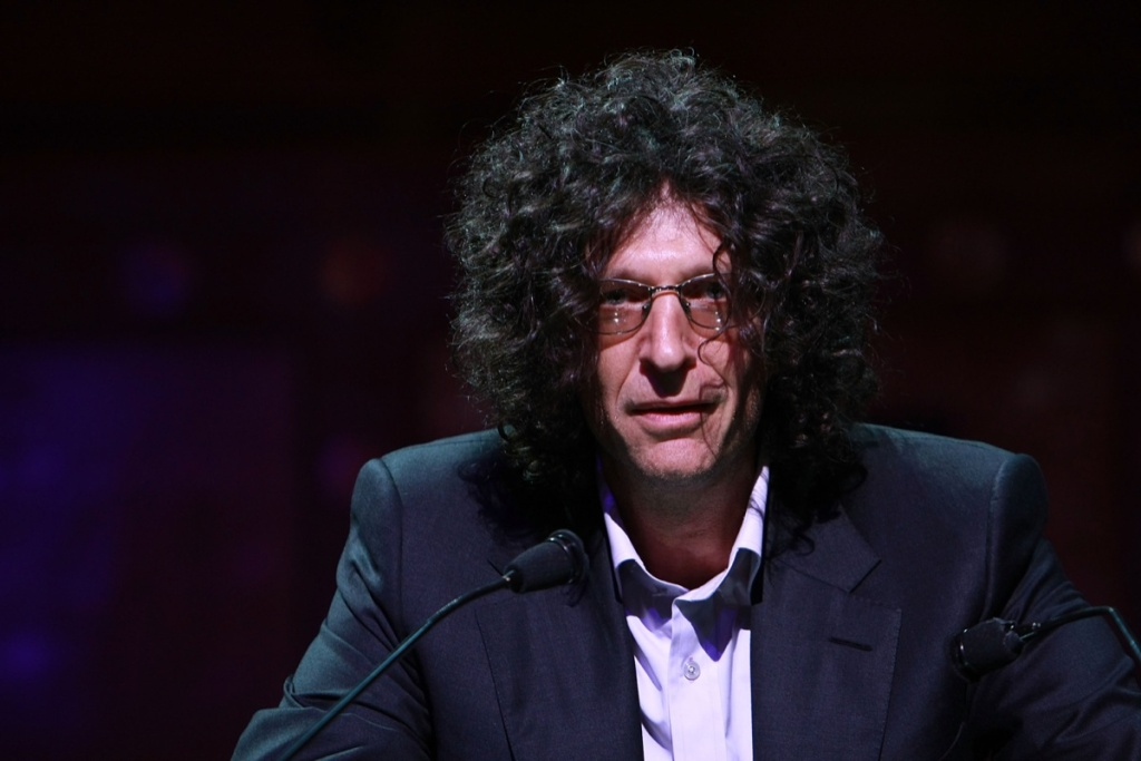 File: Radio DJ Howard Stern attends the North Shore Animal League America's 2008 DogCatemy celebrity gala at Capitale on November 6, 2008 in New York City, New York.