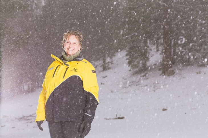 Anna Allen was trapped for five days in the wreckage of a building after an Avalanche. She suffered severe frost bite and dehydration, but was rescued.