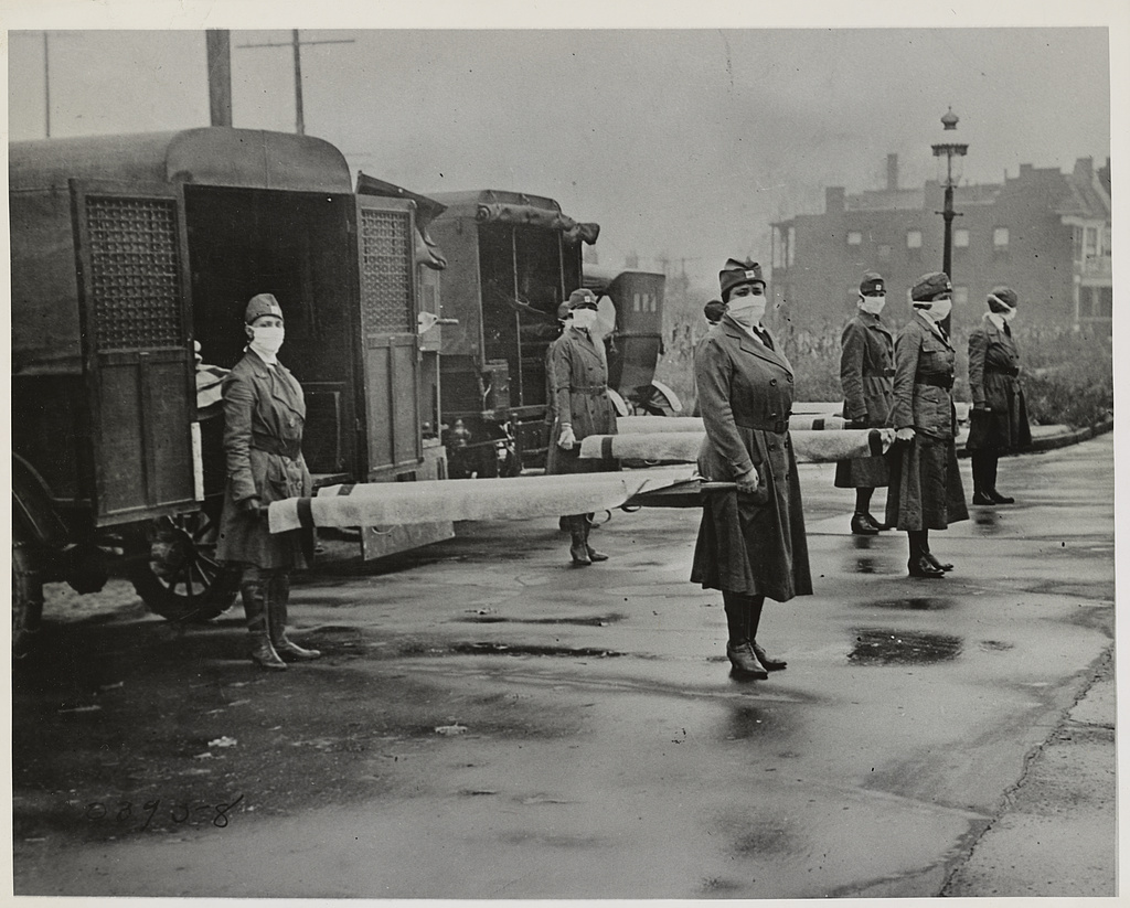 St. Louis Red Cross Motor Corps on duty Oct. 1918 during the influenza pandemic.