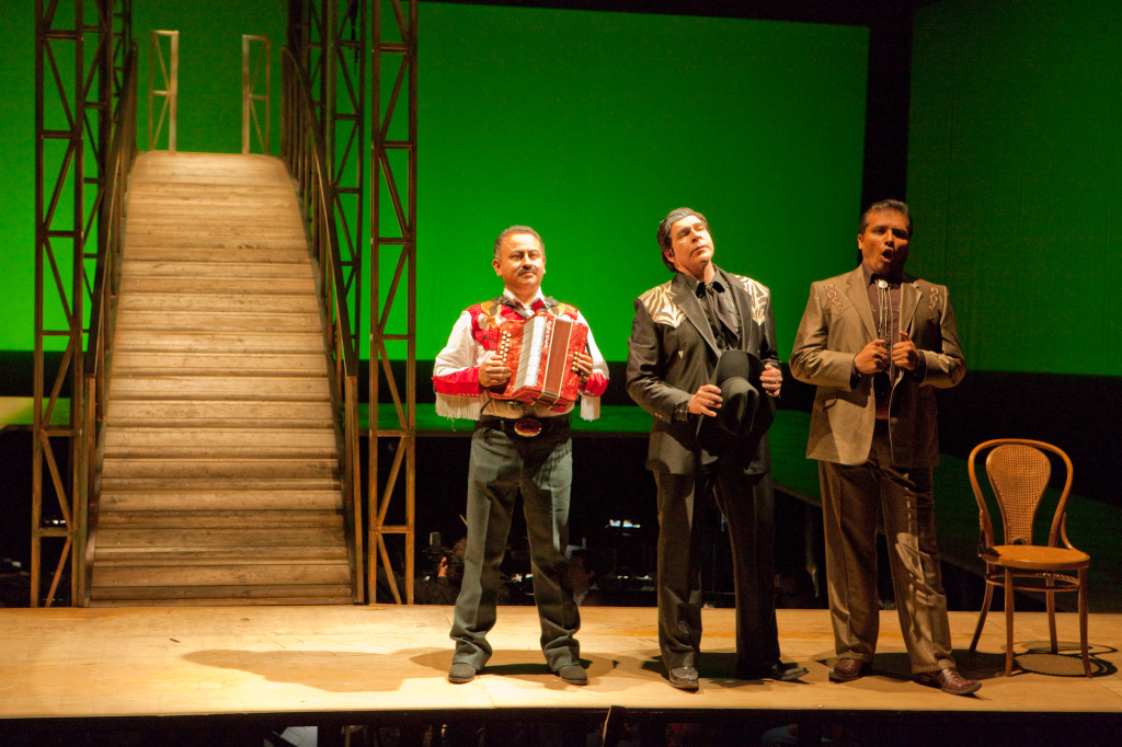 A still from the Mexico City production of Camelia la Tejana