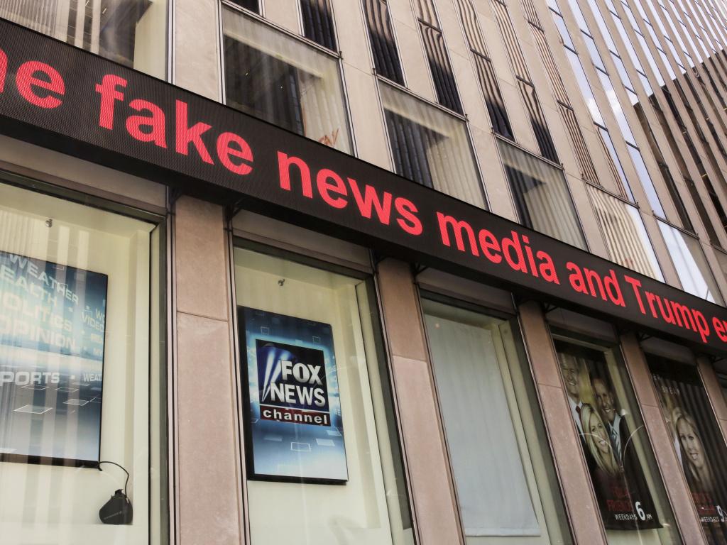 President Trump has the numbers of prominent Fox News personalities, says <em>Vanity Fair</em>'s Gabriel Sherman,