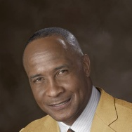 Former USC Trojan, Pittsburgh Steeler and Hall of Fame player Lynn Swann won four Super Bowls and was picked most valuable player of Super Bowl X before going into a career as a broadcaster. On Wednesday, the university announced he had been picked to replace outgoing athletic director Pat Haden.
