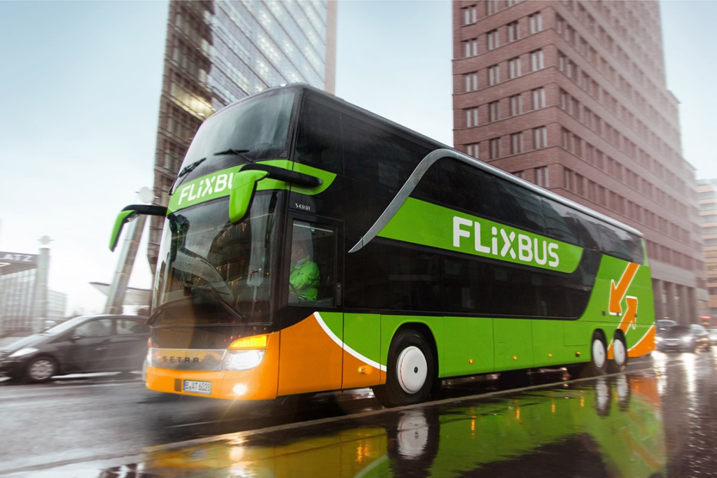 FlixBus is a new inter-city bus service starting in Los Angeles this month, with low-cost trips on high-tech buses to popular destinations including Las Vegas and San Diego.