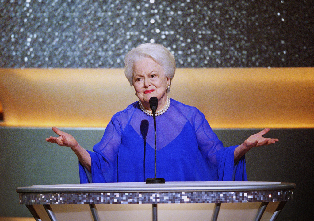 Olivia de Havilland Is Suing FX Over Feud: Bette and Joan Series