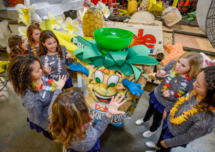 The Tournament Volunteers Trophy winner sponsored by Odd Fellows and Rebekahs is displayed on the parade route during 126th Rose Parade Presented by Honda on January 1, 2015 in Pasadena, California.