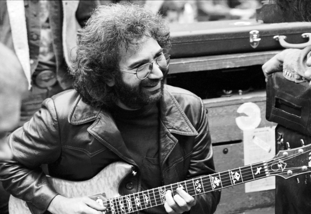 Jerry Garcia backstage before a Grateful Dead concert in Golden Gate Park 09/28/1975. Photographer: Roberto Rabanne