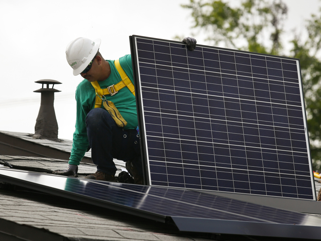 Tariffs on Solar Panels Could Slow Industry Growth by 66%