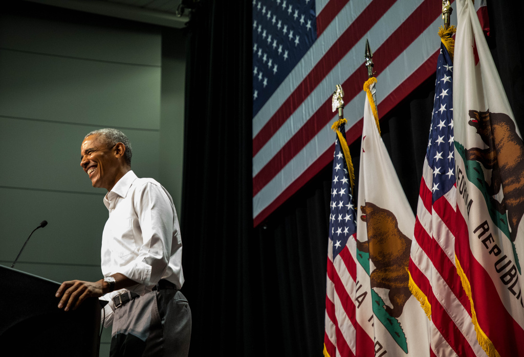 ANAHEIM, CA - SEPTEMBER 08: Former U.S. President Barack Obama speaks during a Democratic Congressional Campaign Committee rally at the Anaheim Convention Center on September 8, 2018 in Anaheim, California. This is Obama's first campaign rally for the 2018 midterm elections. (Photo by Barbara Davidson/Getty Images)