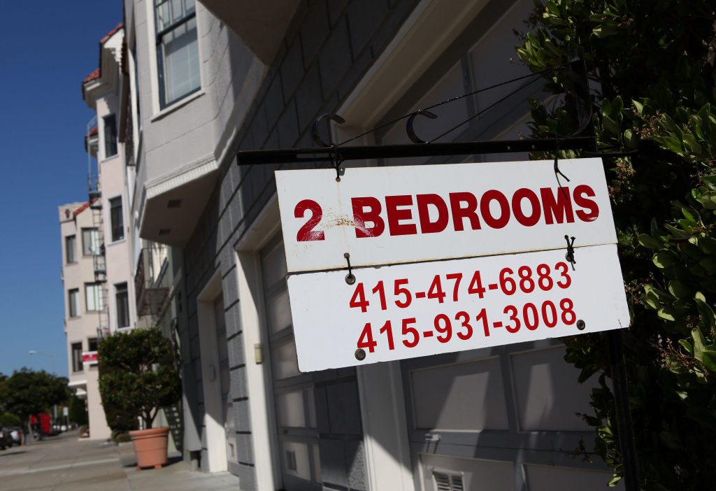 A sign advertising an apartment for rent is displayed in front of an apartment building July 8, 2009 in San Francisco, California.