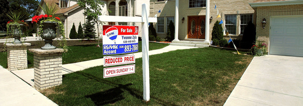 The number of Americans who signed contracts to buy homes rose in March 2013 to the highest level in three years.	The National Association of Realtors said Monday that its seasonally adjusted index for pending home sales rose 1.5 percent to 105.7. That's the highest since April 2010, when a homebuyer's tax credit boosted sales. It's also above February's reading of 104.1.