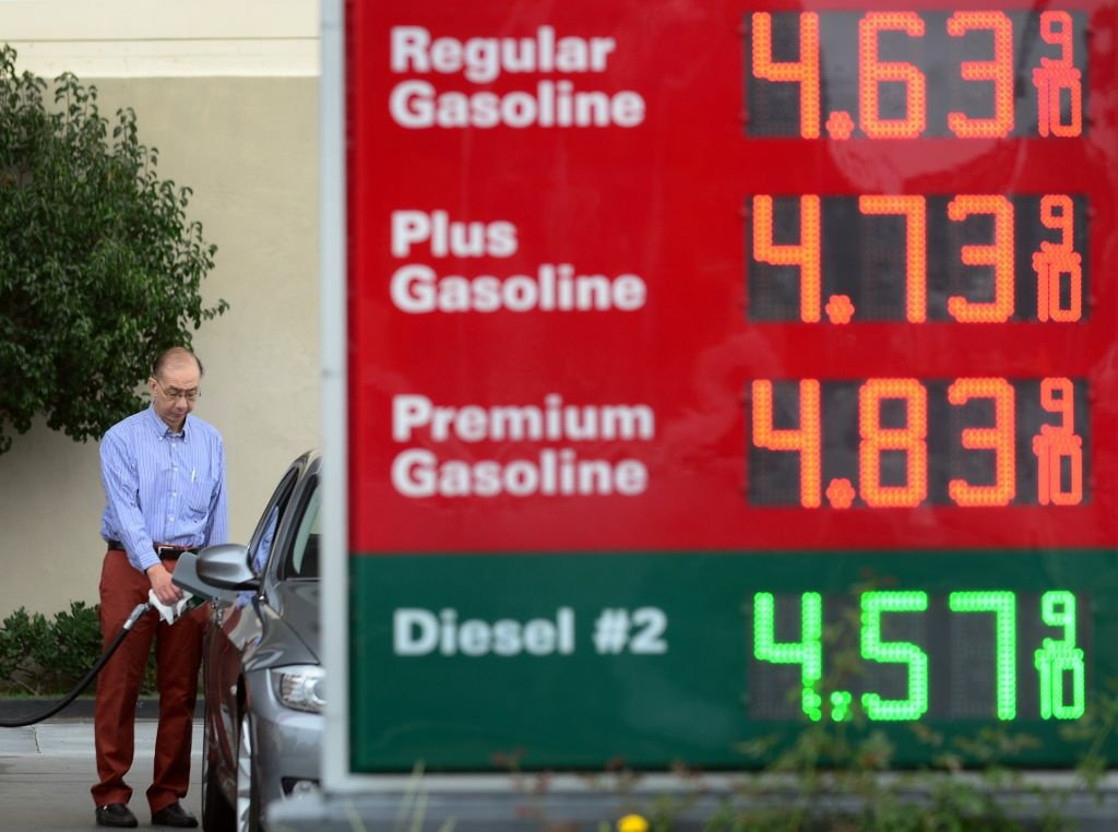 A man pumps gas into his vehicle at a gas station in Monterey Park, Los Angeles County, on October 5, 2012 in California. The average price for a gallon of self-serve regular gasoline in Los Angeles County recorded what is believed to be the largest single-day increase, its highest amount since July 12, 2008, rising 19.2 cents to $4.539 a gallon, according to the California News Service, with the average price increasing by more than 1 cent on each of the past seven days, including 8.8 cents on October 4 and 5.8 cents on October 3.