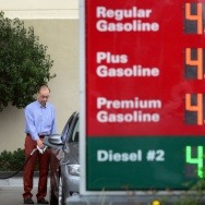 US-CALIFORNIA-GAS-PRICES