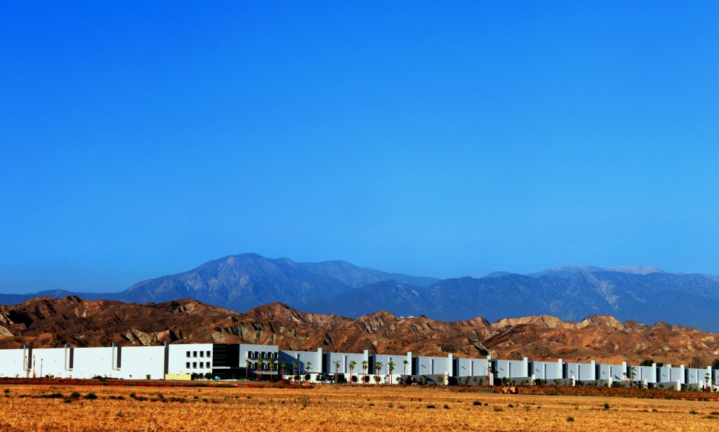The sprawling Skechers distribution center as seen from an east Moreno Valley neighborhood
