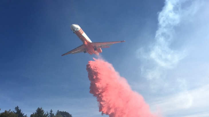 A fire retardant drop on the Wilson Fire on Tuesday, Oct. 17, 2017.
