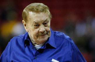 Los Angeles Lakers owner Jerry Buss appears before his team's preseason game against the Sacramento Kings at the Thomas & Mack Center October 12, 2008 in Las Vegas, Nevada