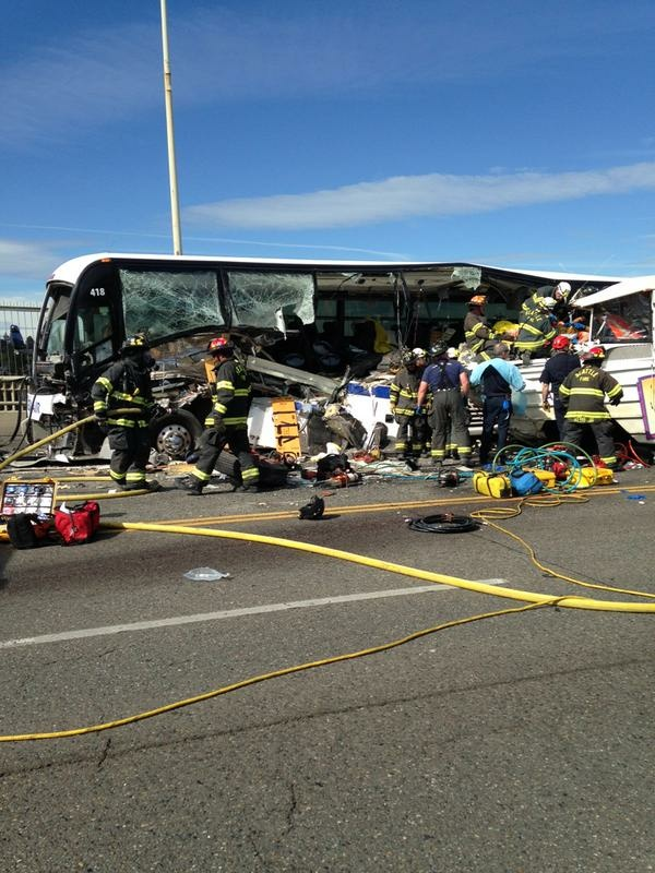 Bus Amphibious Vehicle Crash On Seattle Bridge 4 Dead 12 Critical