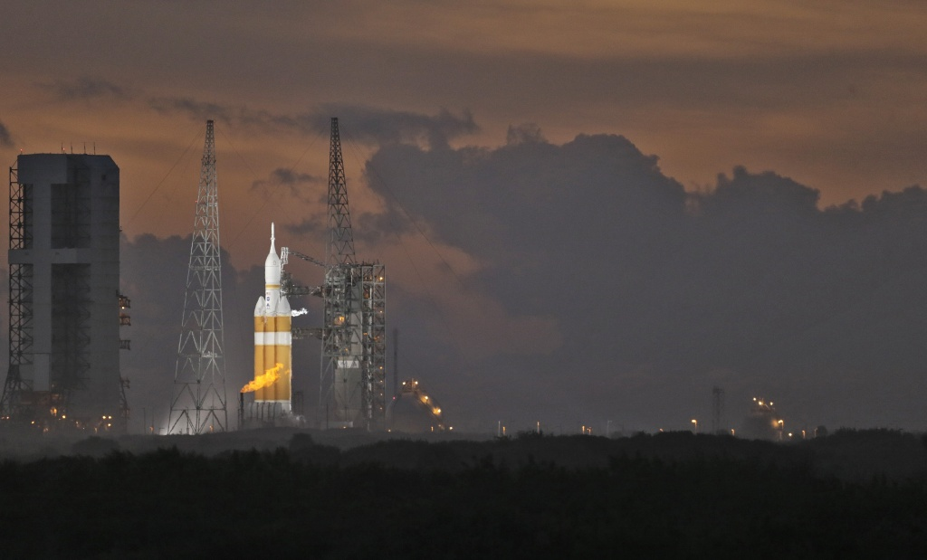 NASA scrubs launch of new Orion spacecraft | 89.3 KPCC