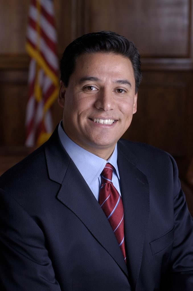 L.A. City Councilman Jose Huizar has agreed to pay a $10,500 fine for violations related to his 2011 reelection campaign.