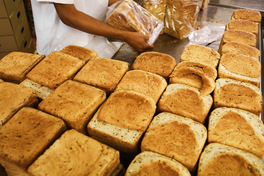 From field to bakery, a loaf of bread packs a measurable environmental punch.