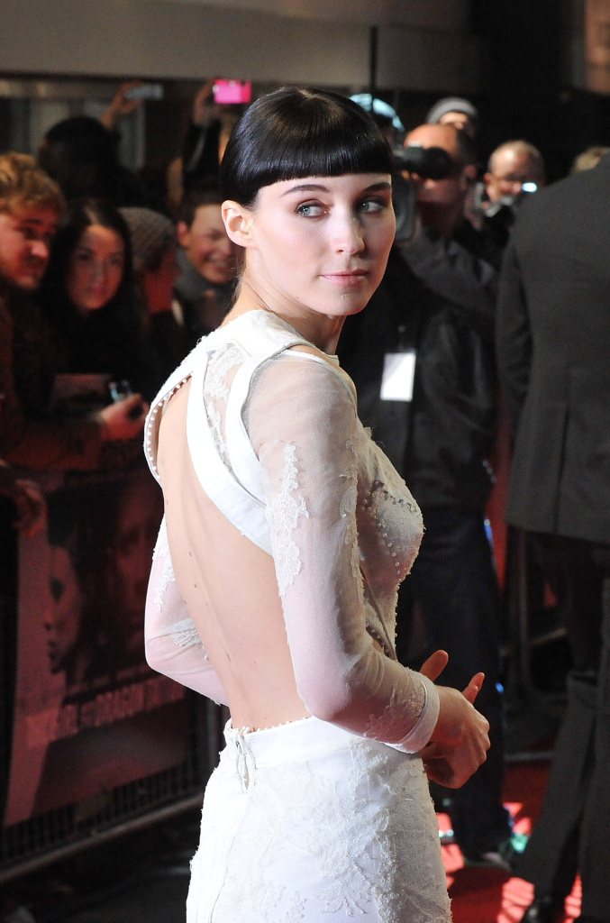 LONDON, ENGLAND - DECEMBER 12:  Actress Rooney Mara attends the world premiere of 'The Girl With The Dragon Tattoo' at Odeon Leicester Square on December 12, 2011 in London, England.  (Photo by Stuart Wilson/Getty Images)