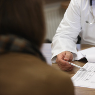 Doctors Seek Higher Fees From Health Insurers