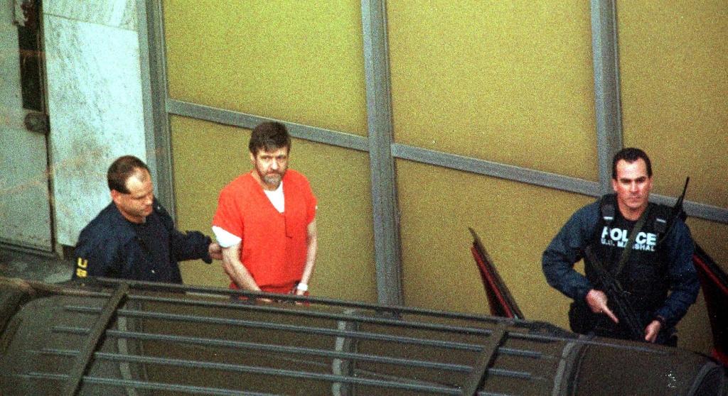 'Unabomber' Ted Kaczynski, center, in January 1998.